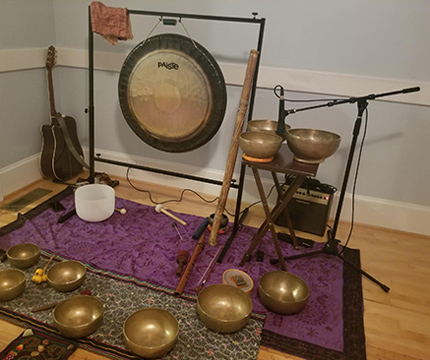 gong, singing bowls